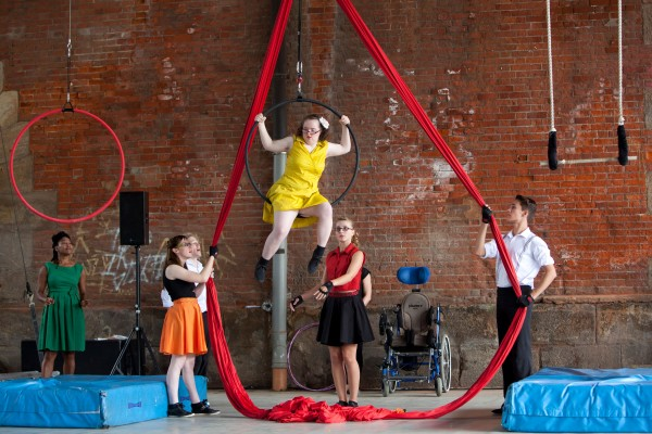 Meet the new Extraordinary Bodies Young Artists 2016!